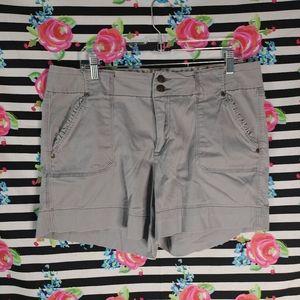 W Sz 16, One 5 One Grey Shorts